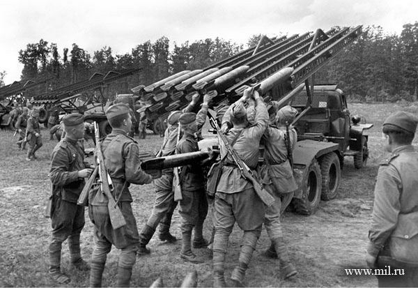 Loading Katyusha. The 1st Ukrainian Front, 29 June 1944. Photo: A. Shaykhet