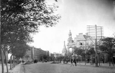 Old photo of central Baku, 1905