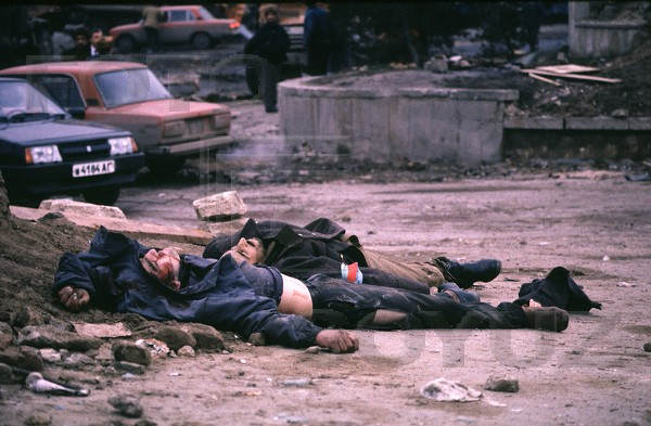 Baku citizens killed on the streets. Photo: Victoriya Ivleva
